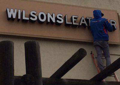 WILSONS LEATHER SIGN REPAIR